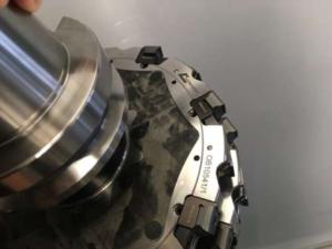 ディスクミリングカッターのディスク材にCFRPを適用することで加工速度と加工精度の向上が実現できる